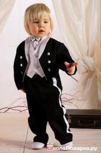 подарок на 1 год мальчику-одежда