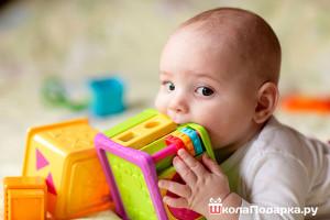 подарок-развивающий-ребёнку-на-1-год