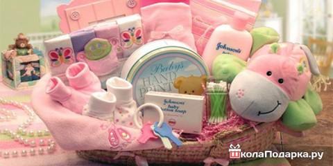 Варианты подарков для новорожденной девочки