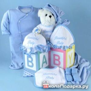 Подарки к новорожденному своими руками