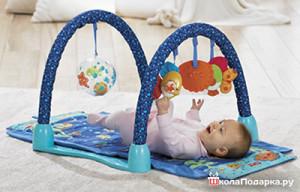 что подарить новорожденному мальчику-развивающие