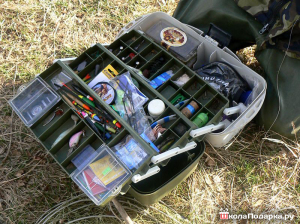 подарок рыбаку-рыболовный чемоданчик