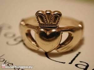 оригинальное-подарить-кольцо