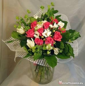 розы-и-тюльпаны-букет-на-свадьбу2