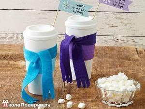 чашка-в-шарфике-для-бабушки1