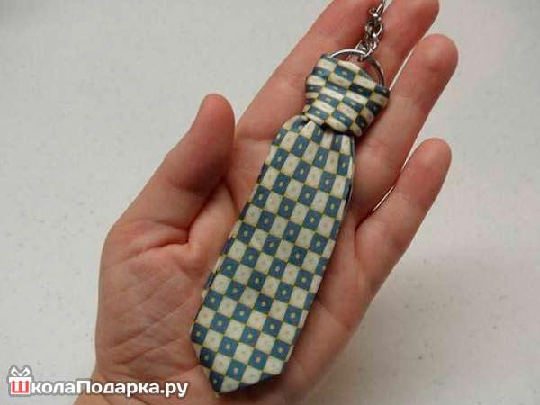 Брелок-из-галстука