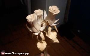 цветы,-розы-из-дерева