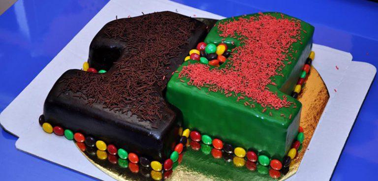 Торт на 15 лет мальчику своими руками 70