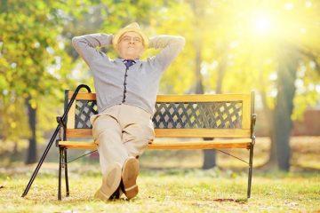 Что подарить мужчине на 80 лет