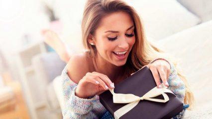Что подарить женщине на 31-32-33-34 года