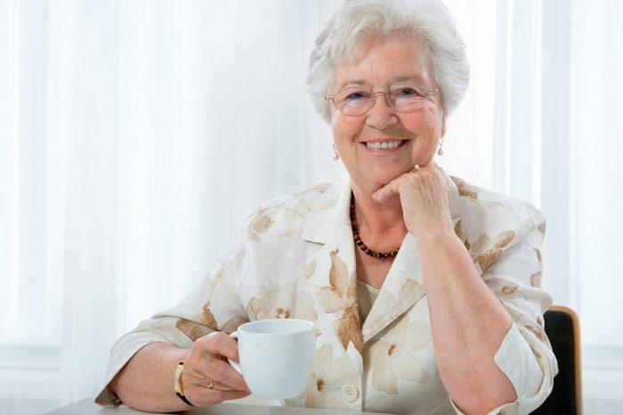 Подарок женщине на 76-77-78-79 лет