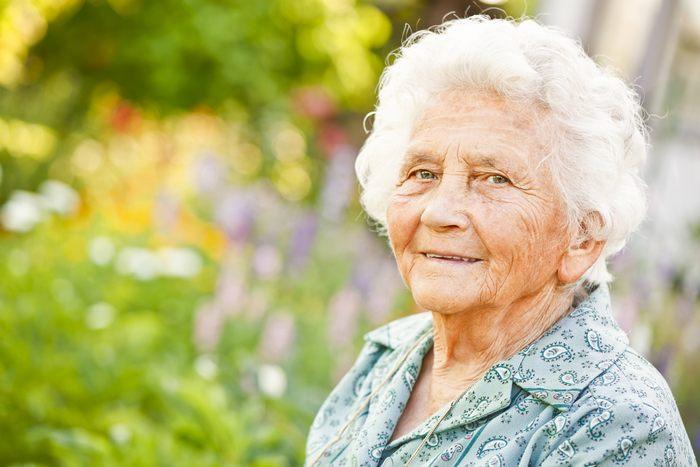 Подарок женщине на 85-90 лет