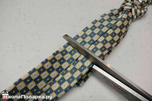 Брелок-из-галстука9