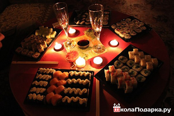 романтический ужин с девушкой